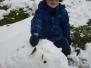 Berušky staví sněhuláky - 4. 2. 2013