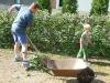 brigada_na_skolni_zahrade106